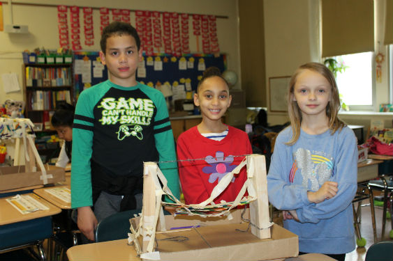 Morse students build bridges as part of a STEAM Project.