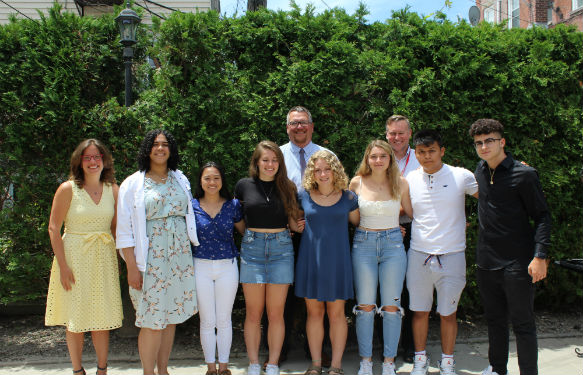 Sleepy Hollow seniors receive scholarships from theRotary Club.